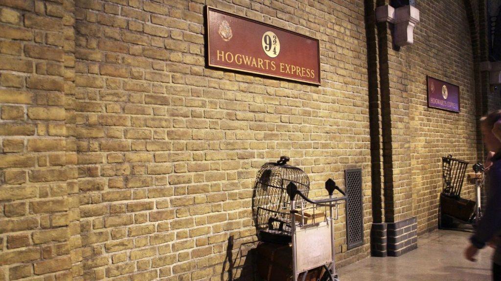 hogwarts express image
